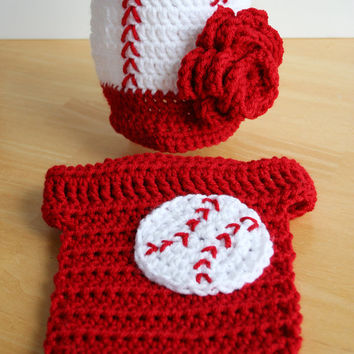 Baby Girl Baseball Set, baby baseball costume, crochet baby set, girl baseball hat and diaper cover, Newborn to 12 month sizes available