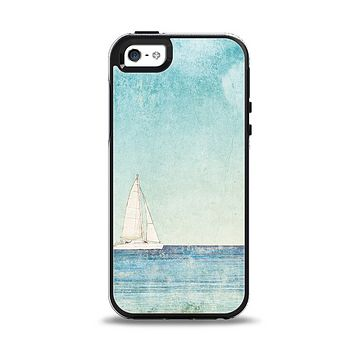 The Faded WaterColor Sail Boat Apple iPhone 5-5s Otterbox Symmetry Case Skin Set