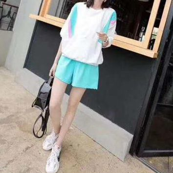 Woman's Leisure  Fashion Printing Fresh Spell Color Loose  Short Sleeve Shorts Two-Piece Set Sportswear