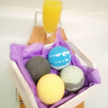 Bath Bomb Subscription, Monthly Subscription, Natural Bath Bombs, Black Bath Bomb, Bath Bomb Set, Bath Bomb Gift Set, Indie Beauty, Set of 4