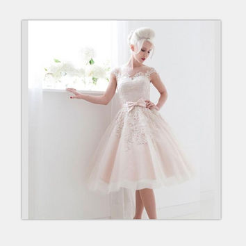 Vintage 1950's Style Cap Sleeves Ivory Lace Tea Length Ball Gown Dress Wedding Short Bride Dress 2016