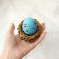Easter egg in the nest- hand felted Easter decoration -  Turquoise  and brown- Best wishes from Europe