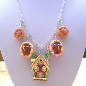 Gingerbread Necklace , Polymer Clay Food Jewelry, Polymer Clay Necklace Kawaii, Gingerbread House, Miniature Food, Kawaii Necklace