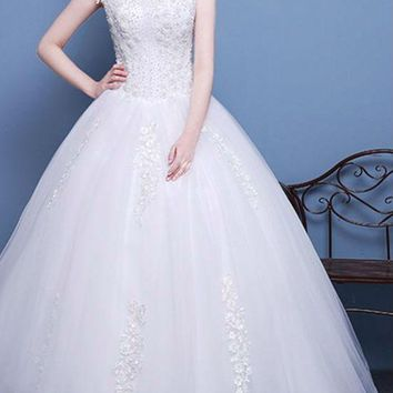 Beauty Tulle Cap Sleeve Scoop Neck Long Wedding Dresses Bead Flowers Appliques Ball Gown Wedding Gowns
