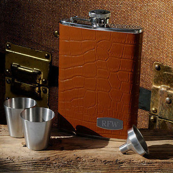 Tycoon Leather Flask Set with Shot Glasses and Funnel