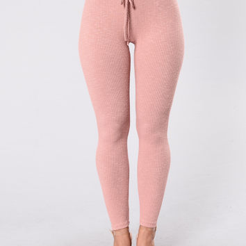 Wanderlust Legging - Rose
