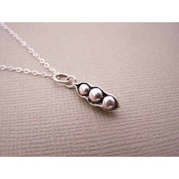 Tiny Pea Pod Sterling Silver Necklace - Dainty Sterling Silver Necklace Simple Jewelry Everyday Necklace / Gift for Her- Pea Pod Charm