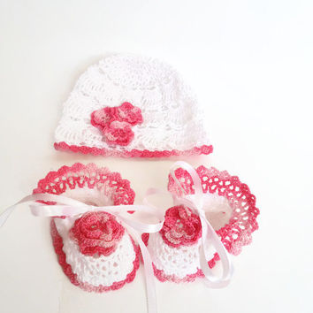 Baby Hat and Baby Booties Crochet Hat and Booties Set Gift christening baptism baby white  Baby Set Crochet  Newborn Hat Booty Baby Girl Set