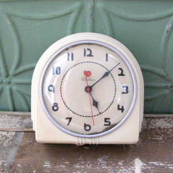 Telechron Buffet, Art Deco Clock, Vintage 1930's Wall Clock, Working Kitchen Clock, Model 2H07