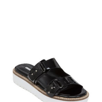 Veranda Platform Sandal in Black - BCBGeneration