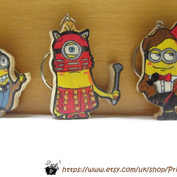 Doctor who? - Doctors and Daleks Minion keychain