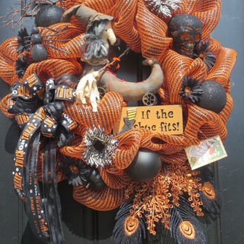 Primitive Halloween Witch, Halloween Wreaths, Halloween Deco Mesh Wreath, Lighted Halloween Sign, Fall Door Wreath, Front Door Wreath
