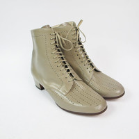 Vintage 1970s Victorian Boots Taupe Leather Ankle Boots Granny Boots Lace Up Ankle Booties Dove Grey Perforated Low Heel Boots Size 9