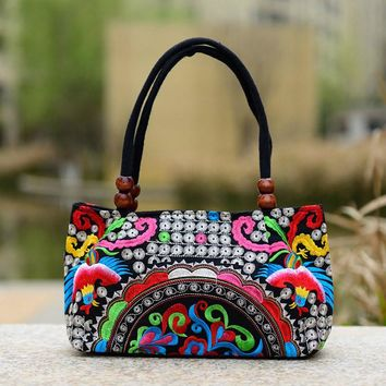 New National Trend Small Canvas Embroidery Ethnic Wooden Beads Shoulder Bag Women Handmade Flower Embroidered HandBag Mochila