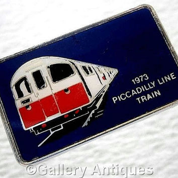 Vintage retro London Underground 1973 Piccadilly Line Train Chrome and Enamel railway Pin / Lapel Badge by Clubman c.1970's (ref: 3206)