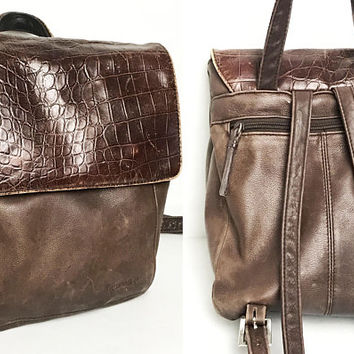 Vintage 1990s TIGNANELLO Brown Leather Backpack / Crocodile Embossed Textured Genuine Leather Flap / Many Compartments / Soft Retro Boho Bag