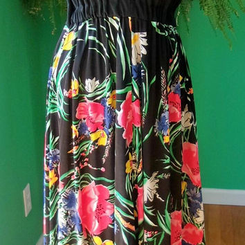 Vintage 1970's Bold Flower Print Black V-Neck Boho Festival Maxi Dress sz 8