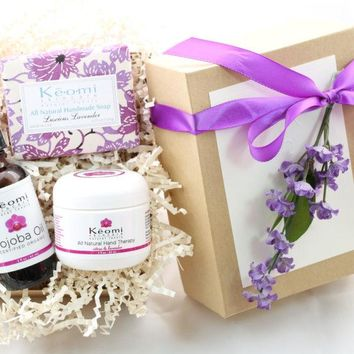 Lavender & Rose Organic Bath & Body Gift Set