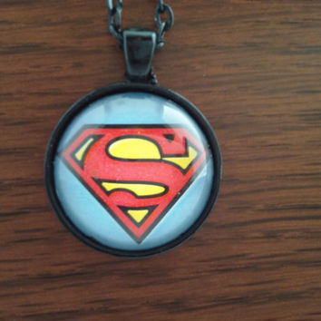 Superman logo-Supergirl logo-Superman necklace-supergirl necklace-House of El logo