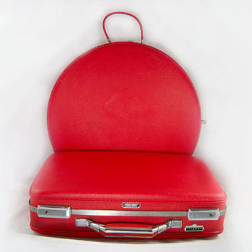 Vintage 1960s American Tourister 2-Piece Traveler & Luggage Set - Tiara Line