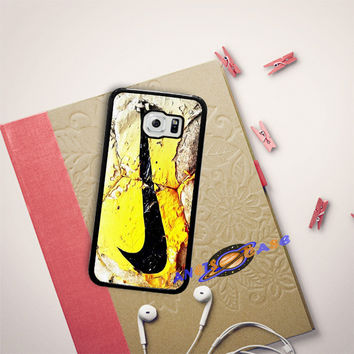Nike Soccer Ball Art Samsung Galaxy S6 Edge Plus Case Planetscase.com