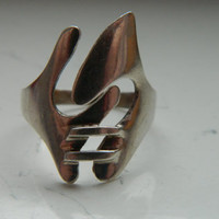 OOAK Vintage Shiny Sterling Silver Blades and Stitches Ring Size 8
