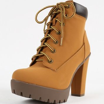 Bamboo Payton-02 Lace Up Lug Sole Booties | MakeMeChic.com
