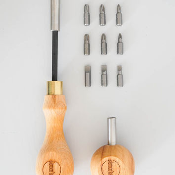 Elemen'tary Design Screwdriver Set