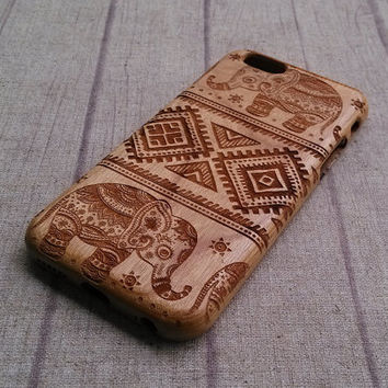 Wood iPhone case, Aztec Elephant, iphone 6/plus case, iphone 4 case iphone 5 case. iphone 5c case, wood case, iphone case, accessory,gift