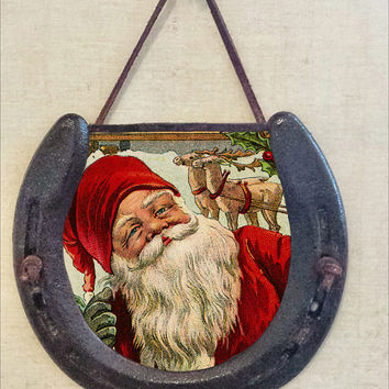 Rustic Horseshoe Wall Hanging with Vintage Santa and Reindeer Image, Perfectly Aged Patina, Leather Accent, Good Luck, Christmas Wall Decor