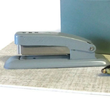 Vintage Gray Metal Swingline Cub Stapler, Small Grey Stapler, Retro Office Tool