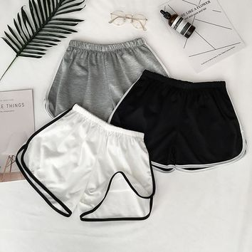Summer High Street Sport Yoga Shorts Women Running Fitness Shorts Solid Soft Beach Casual White Egde Shorts Hot Female