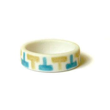 Turquoise Jewelry - Turquoise and Gold Patterned Band Porcelain Ring