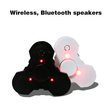 3 in 1 Hand spinner Bluetooth Speaker LED Fidget spinner pink wireless Speakers with Fingertip gyro Bluetooth receiver