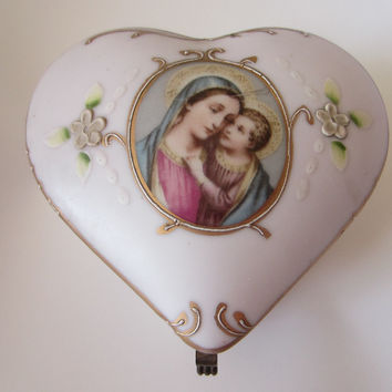 Royal Worcester Pink Heart Mary Child Jewelry Box