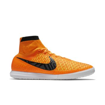 Nike MagistaX Proximo Men's Indoor/Court Soccer Shoe Size 9.5 (Orange)