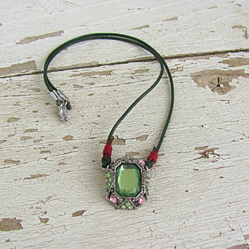 Renaissance Necklace, Crystal Victorian Pendant, Tudor Jewelry, Green Pink, Art Nouveau Style, Thin Leather Choker, Boho Medieval Wedding