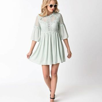 1970s Style Mint Crochet & Back Cutout Detail Sleeve Flare Dress