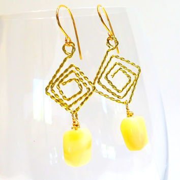 Drop earrings of soft creamy yellow African Opals and hand textured gold wire, dangle earrings, opal, gold earringsl.gemstone earrings