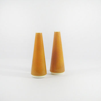 Mid-Century Homer Laughlin Orbit Burnt Orange Salt and Pepper Shakers, Atomic Dinnerware, Eames Era
