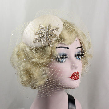 Wedding Veil, Bridal Fascinator, Hair Accessory, Bridal Headpiece, Silver Star, Champagne Veil, Blusher Veil, Birdcage Veil, Cocktail Hat
