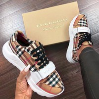 Burberry New fashion plaid men women shoes single shoes khaki