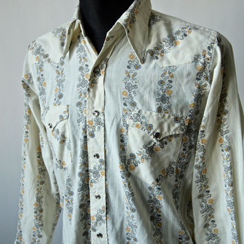 Vintage Wrangler Rockabilly Western Cowboy Shirt Men's 70's Yellow and Gray Floral and MOP Snaps