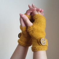 Autumn Fingerless Mittens / Mustard Yellow Fingerless Gloves/ Fall Trend/ Autumn Fashion 2013 - 2014 / Hand Knit Gloves /Christmas Gifts