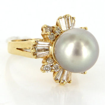 Vintage 18 Karat Yellow Gold Diamond Grey South Sea Tahitian Cultured Pearl Ring
