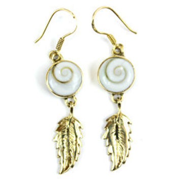 Brass Earrings, Shiva Eye Earring, Feather Earring, Spiral Sea shell Jewelry, Beach Earring, Seashell Earring, Brass Spiral Seashell Earring