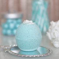 Ice Princess Peppermint & Vanilla Bath Bomb