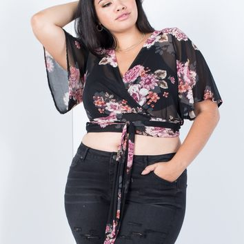 Plus Size Dreamy Floral Crop Top