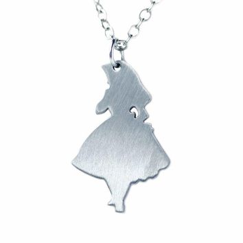 2017 Newest Alice In Wonderland White Necklace Mad Hatter Hat Women Necklaces  stainless steel Fashion Pendant Necklace