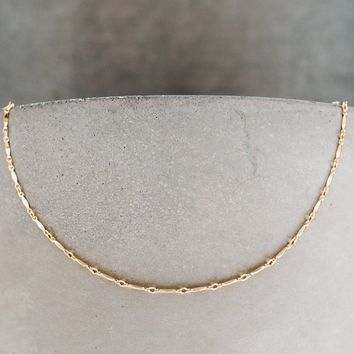 Scalloped Choker Necklace